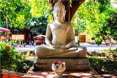 Statua cambogiana